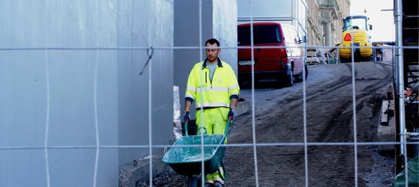 100 chefer i byggbranschen intervjuades