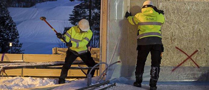 Byggstart för det självförsörjande huset. Fotograf: Paulina Holmgren