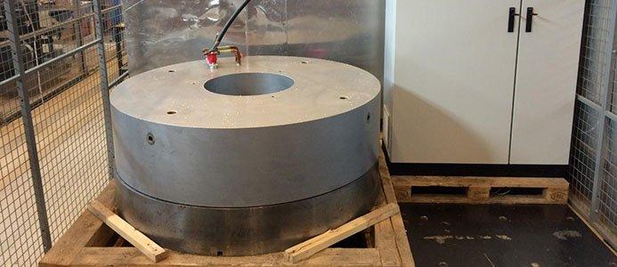 På bild syns det konstruerade magnetiska bärlagret