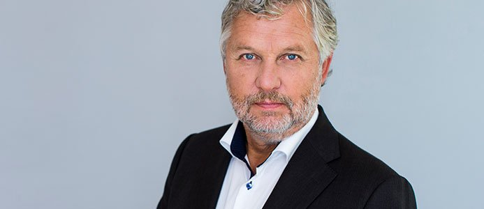 Bostadsminister Peter Eriksson kommenterar byggfukt problem