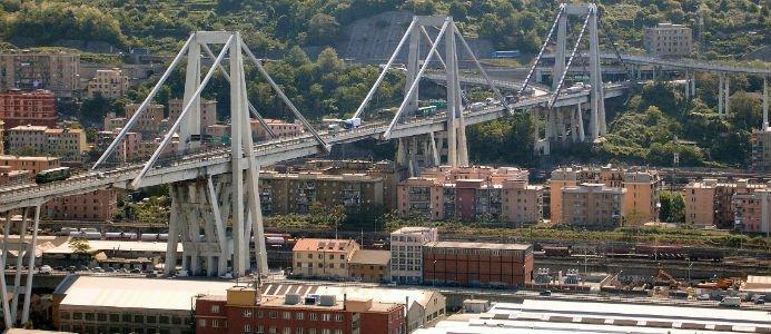 Broraset i Italien har krävt minst 35 liv