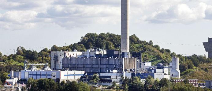 Högdalenverket, med skorsten som går ut ur bild. Foto: Stockholm Exergi/Hans Ekestång