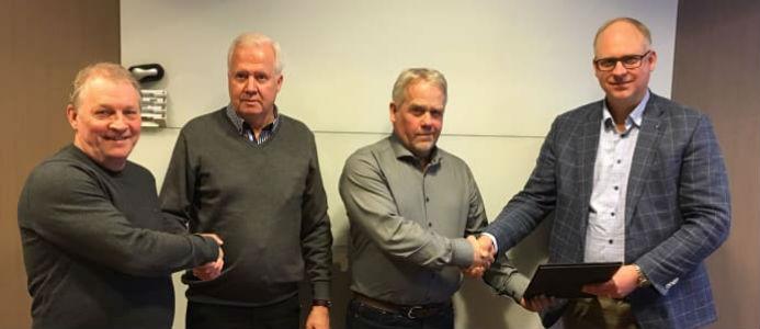 Fr v Hans Karlsson, projektledare NIAB, Leif Pettersson, regionchef Assemblin El, Håkan Nilsson, vd NIAB, och Fredrik Allthin, vd Assemblin El.