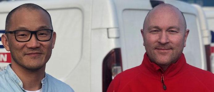 Mattias Park, regionchef och Jonas Gunnarsson, serviceledare på Ömangruppen. Bildkälla Ömangruppen