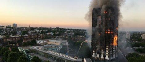 Överlevare stämmer företag efter branden. Foto: Wikipedia