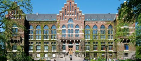 Universitetsbiblioteket i Lund har korats till Sveriges vackraste byggnad i Arkitekturupprorets omröstning. Foto: Anton Holmquist / Wikipedia