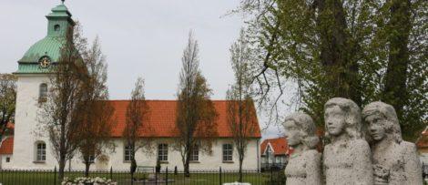 S:t Laurentii kyrka i Falkenberg får 75 000 kr för att uppdatera sin vård- och underhållsplan. (Foto: Anders Frid)