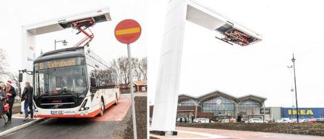 Bild från invigningen av Jönköpings nya elbusslinje, linje 17, som invigdes den 13 december 2019. Foto: Sofia Beijer.