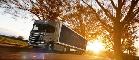 Lastbil med solceller