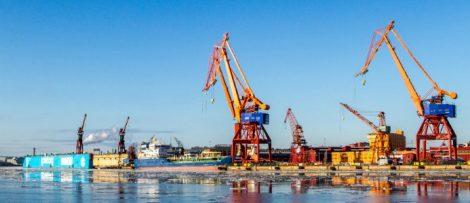 Sveriges Hamnar har tecknat ett nytt Hamn- och Stuveriavtal med Svenska Transportarbetareförbundet.